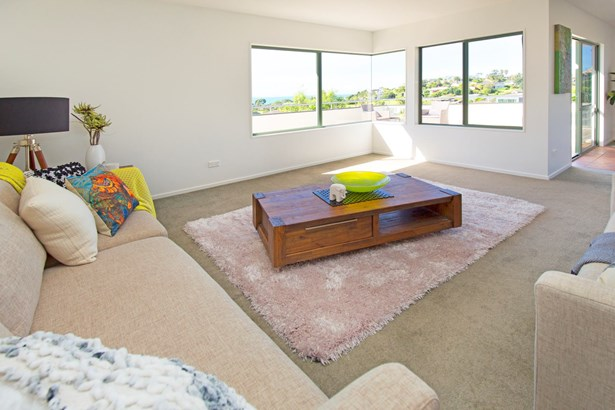 53 William Bayes Place, Red Beach, Auckland - NZL (photo 5)