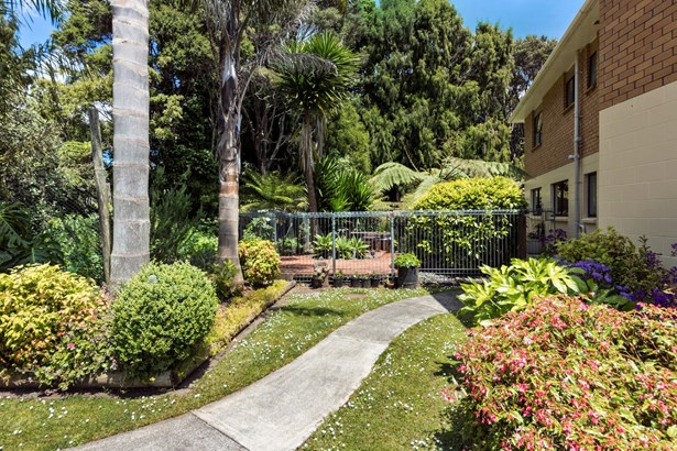 179 Parker Road, Oratia, Auckland - NZL (photo 3)
