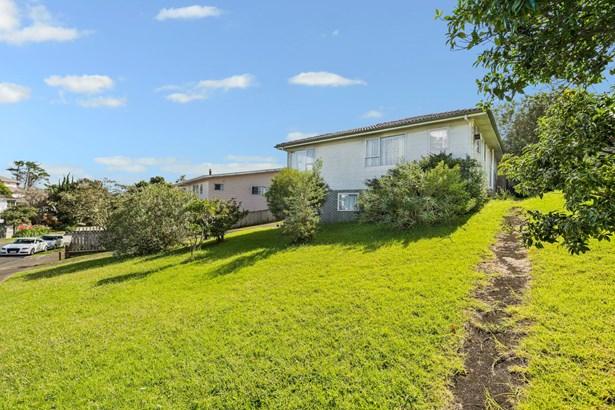 26 Athenic Avenue, Lynfield, Auckland - NZL (photo 2)