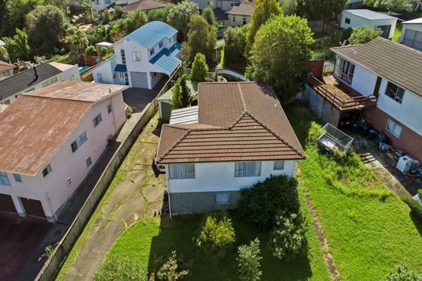 26 Athenic Avenue, Lynfield, Auckland - NZL (photo 3)