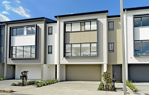 9,13&15 Tia Road, Flat Bush, Auckland - NZL (photo 2)