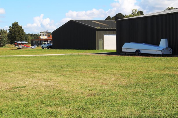 Lot 3 And Newton Road, Kaipara Flats, Auckland - NZL (photo 2)