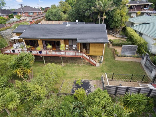 1a West Lynn Road, Titirangi, Auckland - NZL (photo 1)