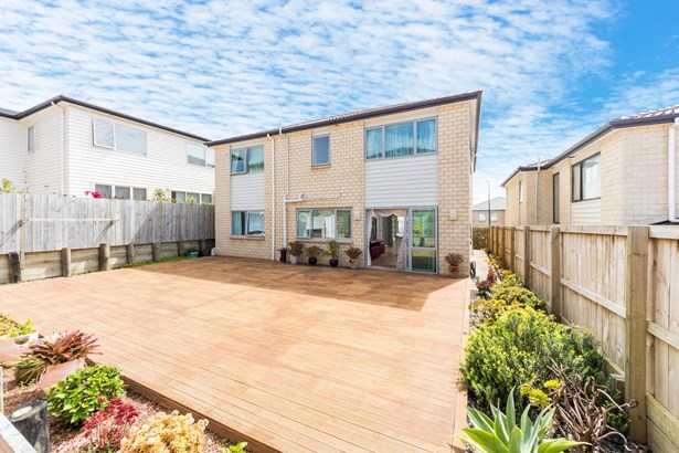 8 Palazzo Close, Mission Heights, Auckland - NZL (photo 2)