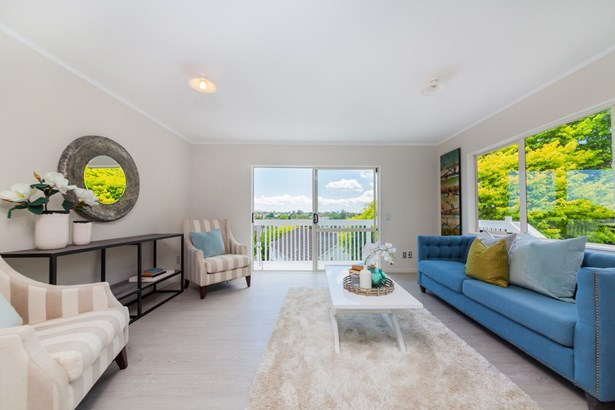 16a Cranberry Place, Bucklands Beach, Auckland - NZL (photo 2)
