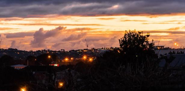 40 Montgomery Avenue, Belmont, Auckland - NZL (photo 5)