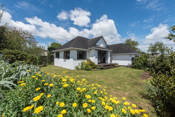 143 Avondale Road, Avondale, Auckland - NZL (photo 2)