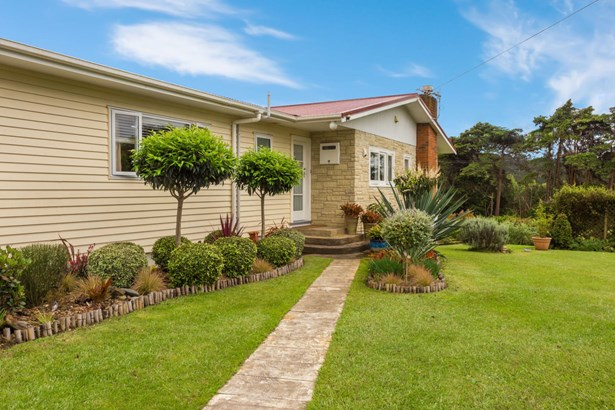 2 Barrett Road, Riverhead, Auckland - NZL (photo 2)