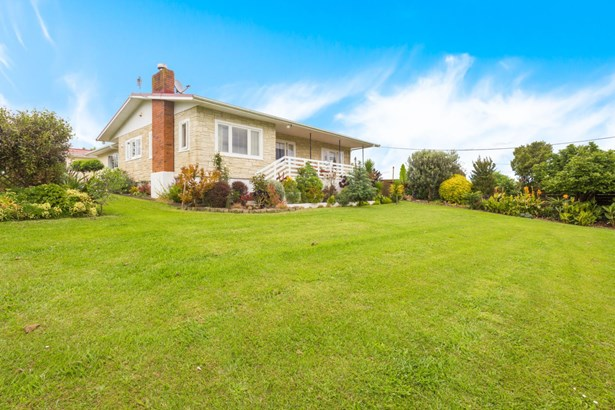 2 Barrett Road, Riverhead, Auckland - NZL (photo 4)
