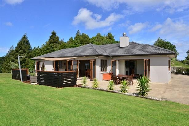 309 Kahikatea Flat Road, Waitoki, Auckland - NZL (photo 5)