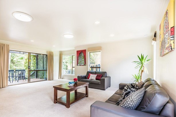 8 Blundell Place, Chatswood, Auckland - NZL (photo 2)
