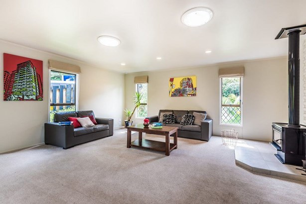 8 Blundell Place, Chatswood, Auckland - NZL (photo 3)
