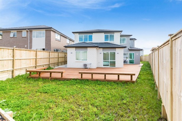 7 Cloghfin Place, Flat Bush, Auckland - NZL (photo 2)