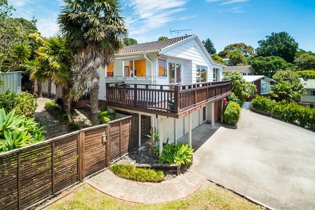 27 Hatherlow Street, Glenfield, Auckland - NZL (photo 2)