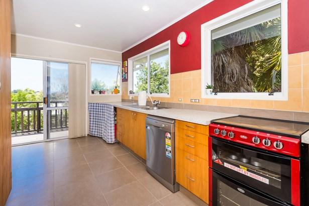 27 Hatherlow Street, Glenfield, Auckland - NZL (photo 4)