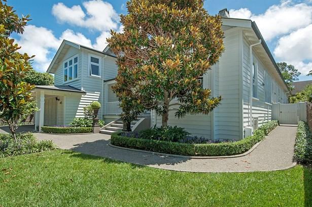 8 Pukenui Road, Epsom, Auckland - NZL (photo 1)