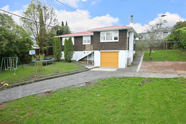 137 Edmonton Road, Te Atatu South, Auckland - NZL (photo 3)