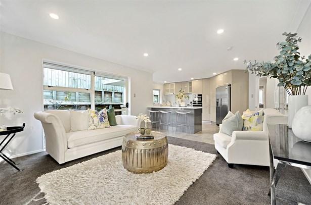 18 Tumbridge Place, Somerville, Auckland - NZL (photo 3)