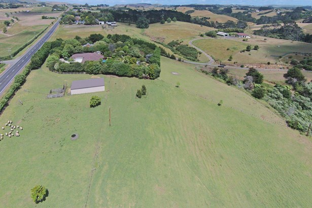 994 Awhitu Road, Waiuku, Auckland - NZL (photo 2)