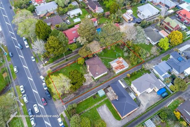 54 Swanson Road, Henderson, Auckland - NZL (photo 1)