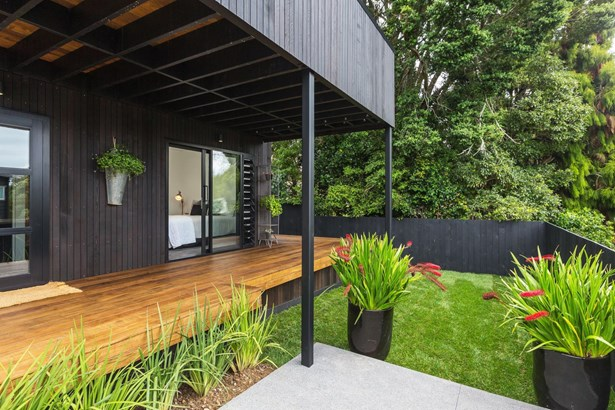 24b Meadowbank Road, Meadowbank, Auckland - NZL (photo 2)