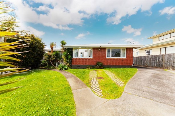 60 Bradbury Road, Highland Park, Auckland - NZL (photo 3)