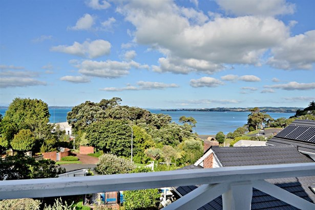 11 Page Point, Mellons Bay, Auckland - NZL (photo 5)