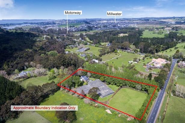 24 Upper Orewa Road, Wainui, Auckland - NZL (photo 1)