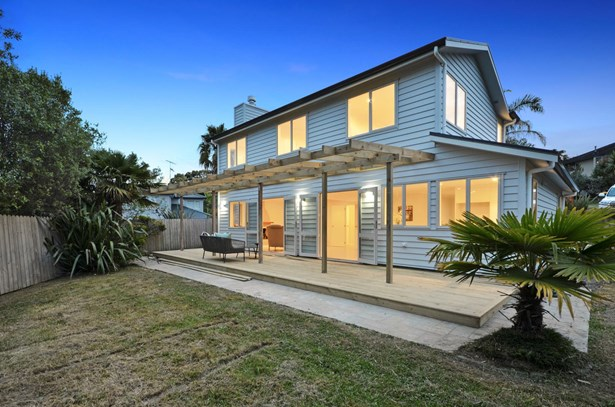 5 Nottingham Place, Browns Bay, Auckland - NZL (photo 1)