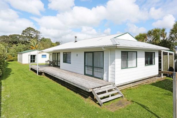 10 Mackinnon Road, Big Bay, Auckland - NZL (photo 4)