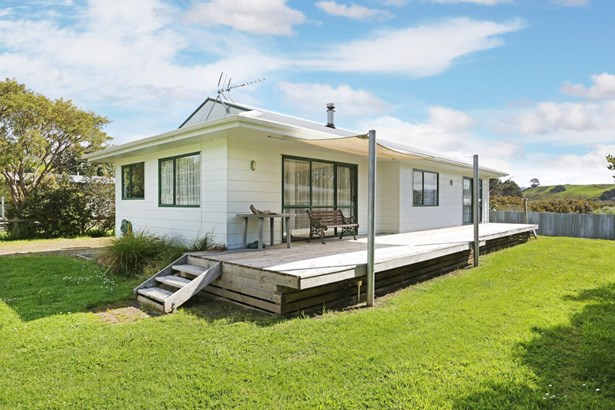10 Mackinnon Road, Big Bay, Auckland - NZL (photo 5)