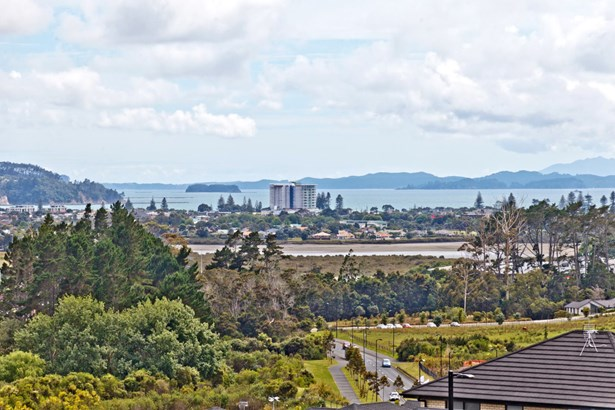 34 Cilliers Drive, Silverdale, Auckland - NZL (photo 5)