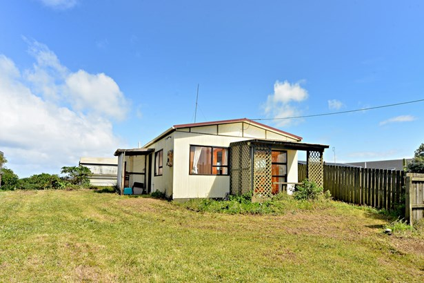 25 Ocean View Road, Port Waikato, Auckland - NZL (photo 4)