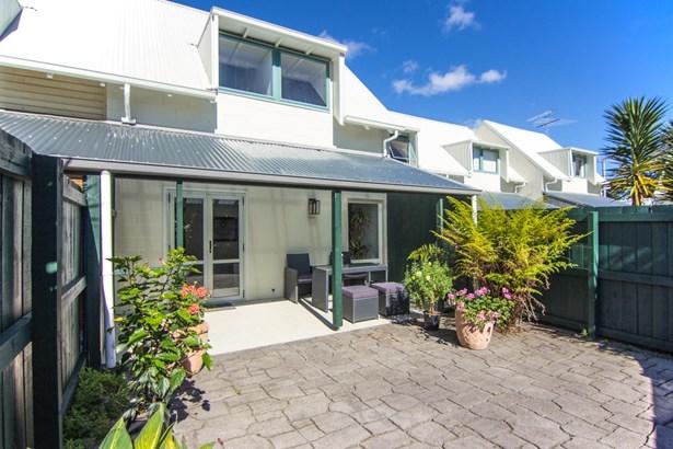 13/1 Water Street, Otahuhu, Auckland - NZL (photo 1)