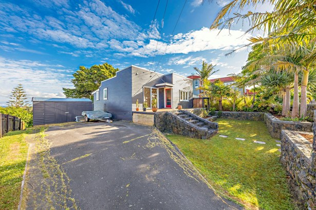 167 Sandspit Road, Shelly Park, Auckland - NZL (photo 2)