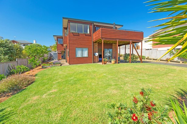 31a Brightside Road, Stanmore Bay, Auckland - NZL (photo 4)