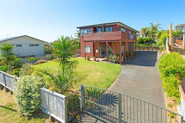 31a Brightside Road, Stanmore Bay, Auckland - NZL (photo 5)