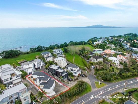 125 Beach Road, Castor Bay, Auckland - NZL (photo 1)