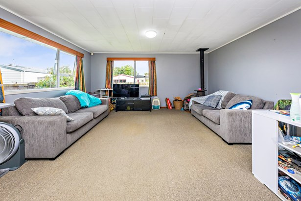15 Bluewater Place, Wattle Downs, Auckland - NZL (photo 5)