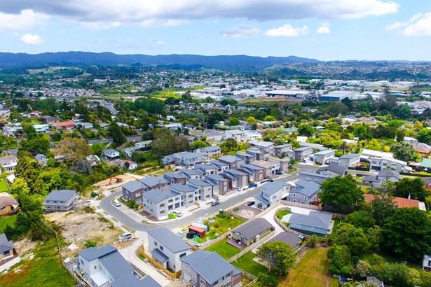 31 Sunshine Boulevard, Sunnyvale, Auckland - NZL (photo 1)