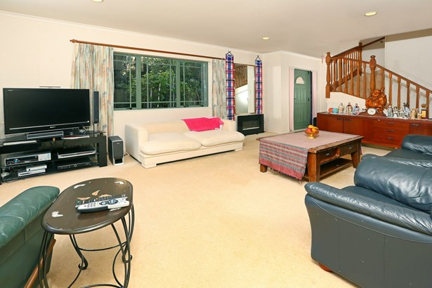 28a Commodore Drive, Lynfield, Auckland - NZL (photo 1)