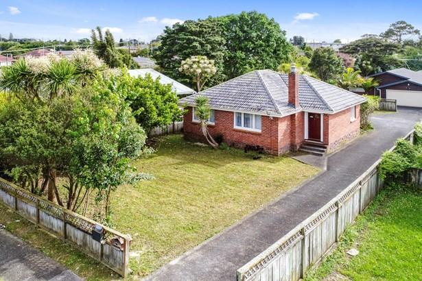 33 & 33a Northall Road, New Lynn, Auckland - NZL (photo 2)