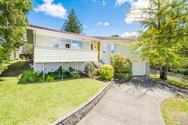 18a Chivalry Road, Glenfield, Auckland - NZL (photo 2)