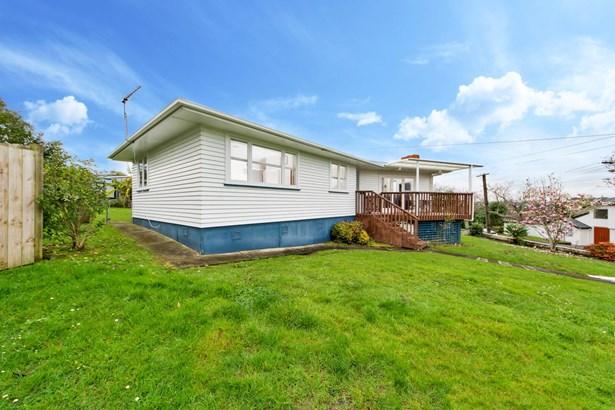 10 Hillview Avenue, New Windsor, Auckland - NZL (photo 5)