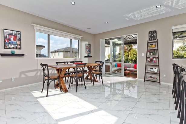 25 Major Henry Greens, Silverdale, Auckland - NZL (photo 2)