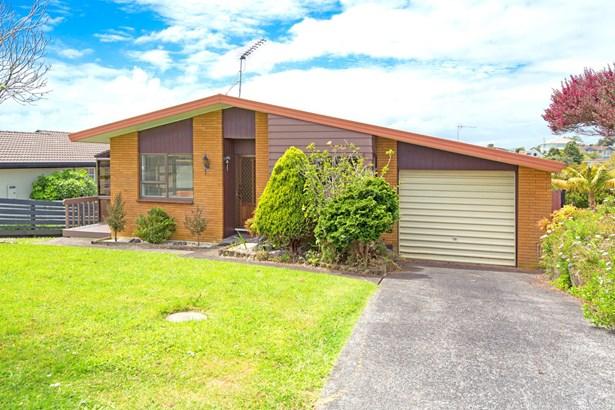 1/12 Halldene Terrace, Red Beach, Auckland - NZL (photo 1)