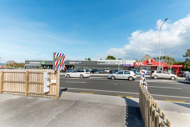 220a Edmonton Road, Te Atatu South, Auckland - NZL (photo 4)