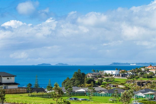 4 Islet Road, Long Bay, Auckland - NZL (photo 3)