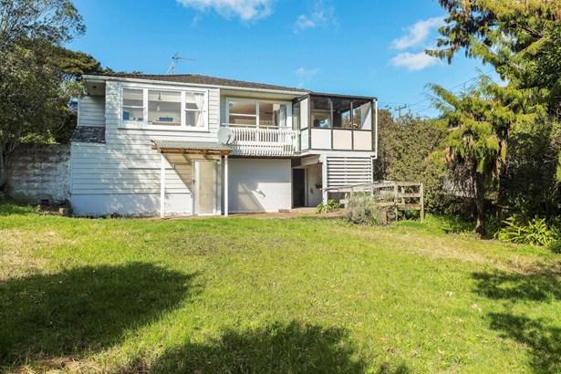 64 Pupuke Road, Hillcrest, Auckland - NZL (photo 2)