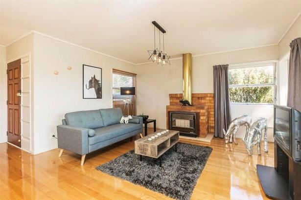 64 Pupuke Road, Hillcrest, Auckland - NZL (photo 5)